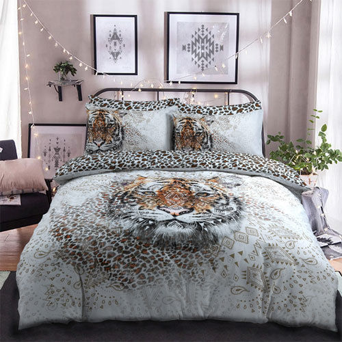 TIGER PANEL PRINT DUVET SET AND PILLOWCASE BEDDING SET